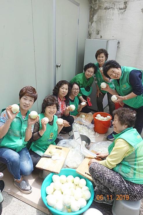 서울 강북구부녀회, 홀몸 어르신에 반찬 전달
