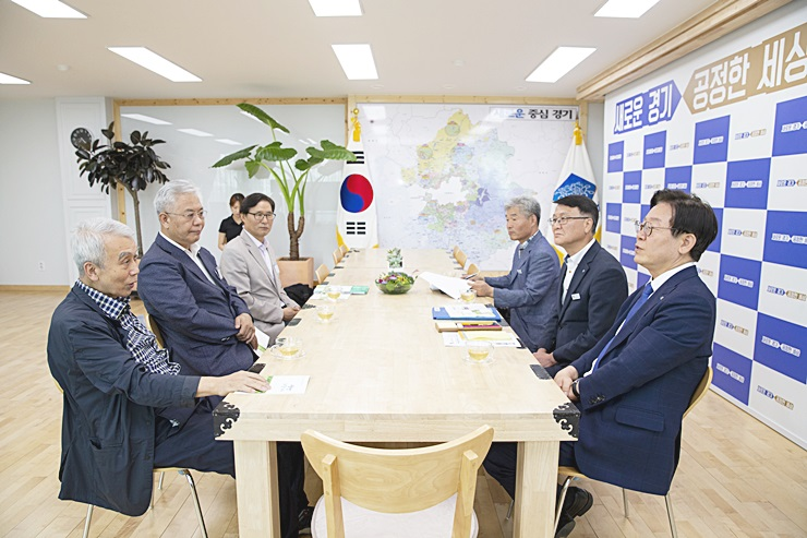 정성헌 중앙회장, 이재명 경기도지사와 면담