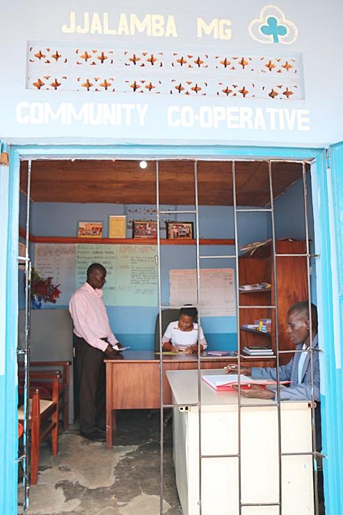 새마을금고, 우간다에'표준 장표 서식'보급