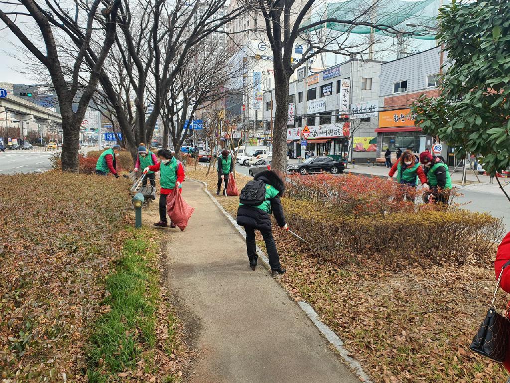부산 사상구 괘법동협의회와 부녀회, 환경정비활동