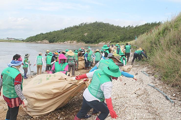수마가 할퀸 남부지역, 수해복구활동 으랏차차