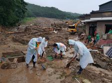 경기 수원시협의회, 집중호우 피해 가옥 긴급복구작업