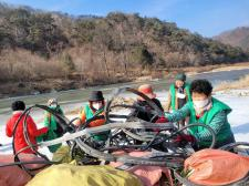강원 인제군새마을회,내린천 주변 환경정화활동