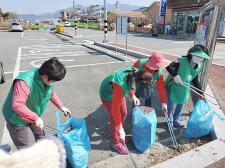 경남 김해시 칠산서부동부녀회와 한림면부녀회, 생활쓰레기 수거